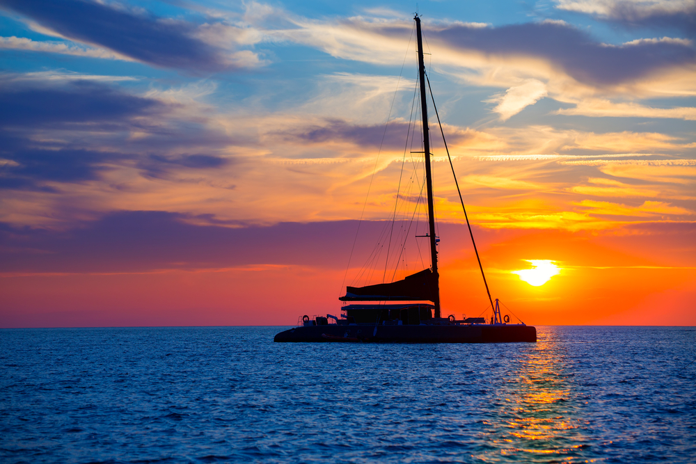 Alternate-Latitude-charter-catamaran-Virgin-Islands-sunset