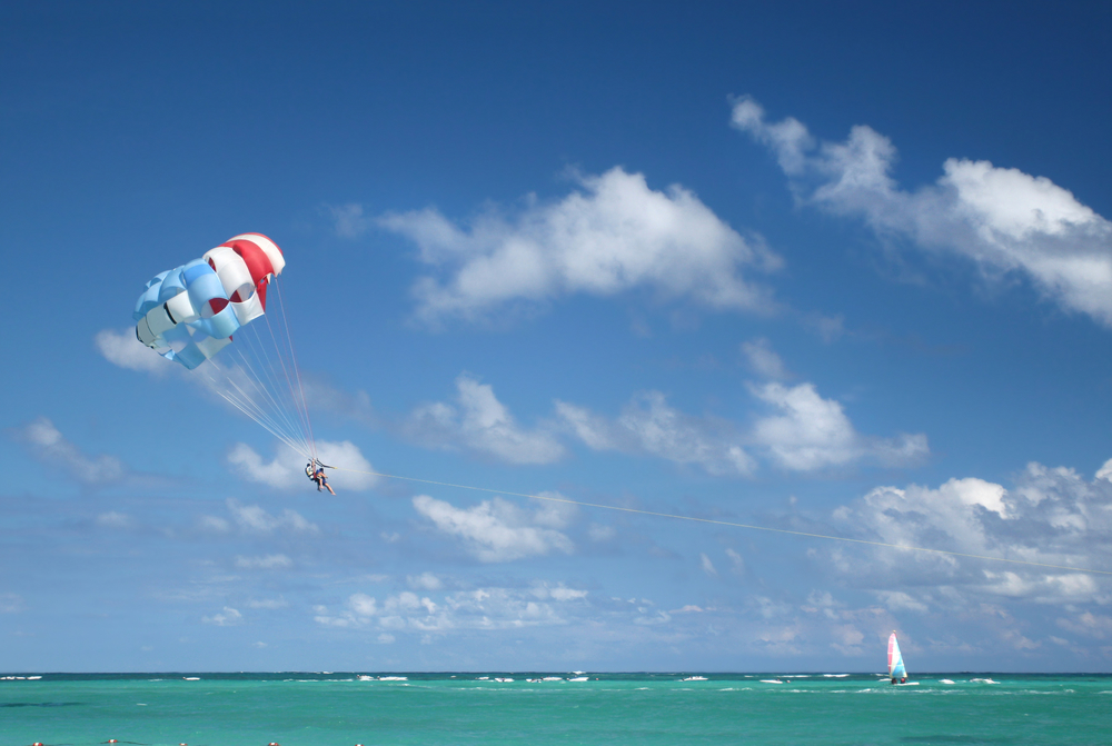 Alternate-Latitude-Virgin-Islands-Charter-Parasailing