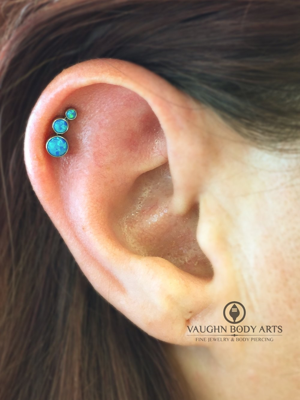 Helix piercing with titanium jewelry from Anatometal.