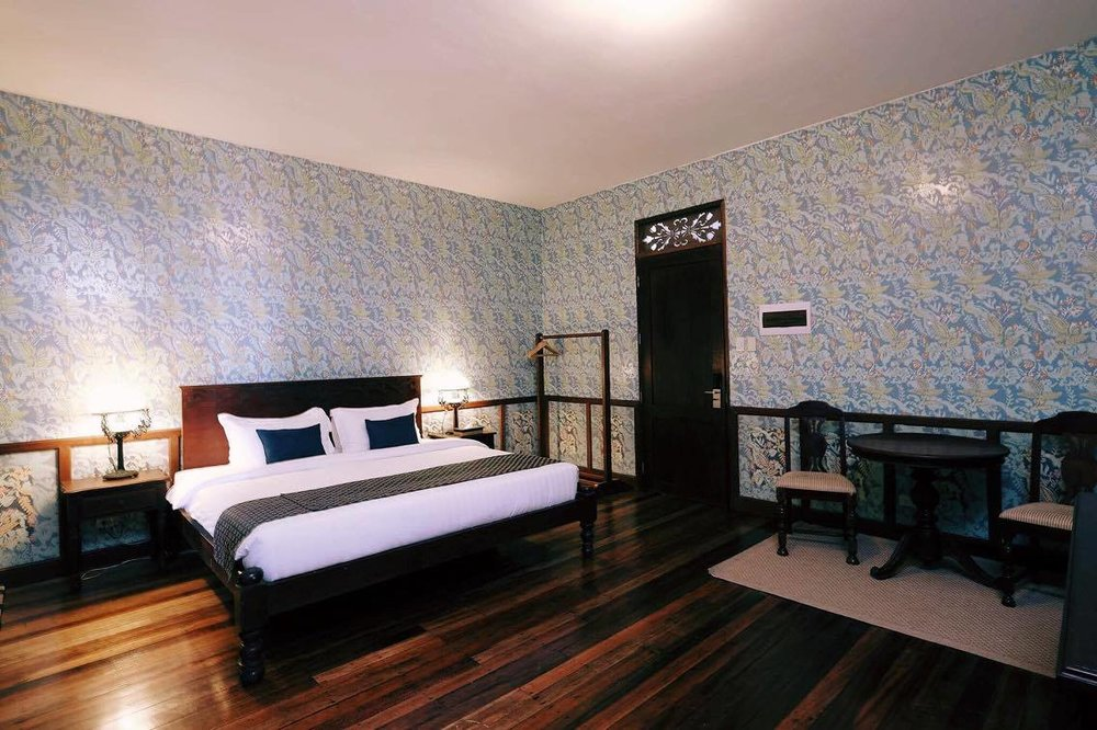 DELUXE ROOM (2 persons) -