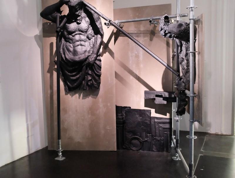 Overlaying,  frei_raum Q21 exhibition space Vienna-Austria, 2016,  photo grabbed from http://www.lehila.net