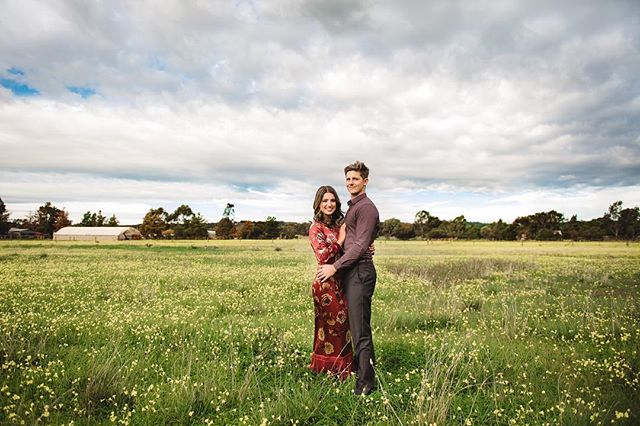 Counting down the days until these two lovebirds get married! ❤️ Also counting down until I go on maternity leave, pretty excited about that too! ⠀⠀⠀⠀⠀⠀⠀⠀⠀ ⠀⠀⠀⠀⠀⠀⠀⠀⠀ ⠀⠀⠀⠀⠀⠀⠀⠀⠀ ⠀⠀⠀⠀⠀⠀⠀⠀⠀ #janeportnoffphotography #adelaidehillsphotographer  #adelaidephotographer  #adelaidesouthaustralia  #weddingphotographer #engagementphotographer #engagementsession  #ido #inafield #wildflowers  #soinlove  #bridetobe #adelaideengagementphotographer #southaustralia