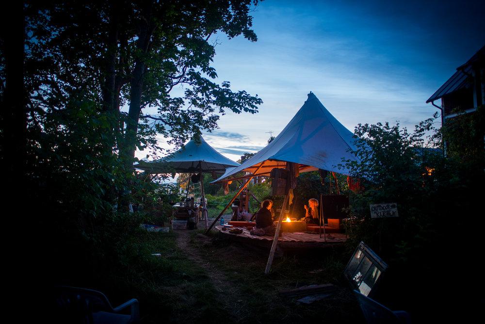 outdoor kitchen night.jpg