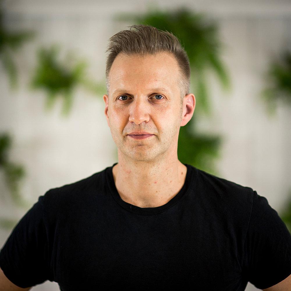 ANTHON BJERRE NORDSTRØM    CEO, Animator, 3D    T  +45 29 72 23 19  E    anthon@anthonn.dk