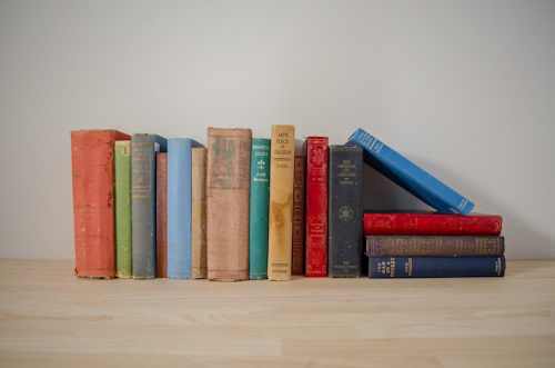 Vintage Books - 10 for $10   $10.00 + GST (3-DAY HIRE)                                                      QUANTITY: 1