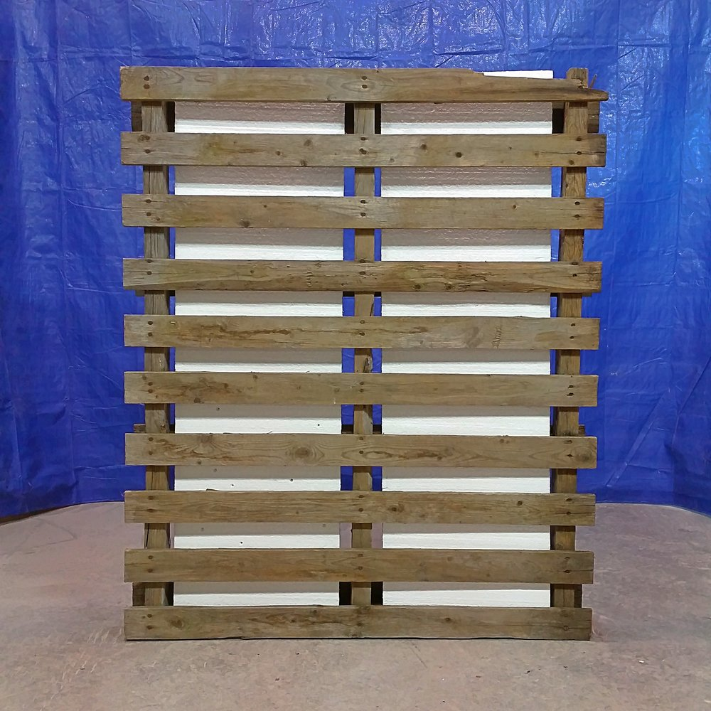 standing pallet abstract 2.jpg