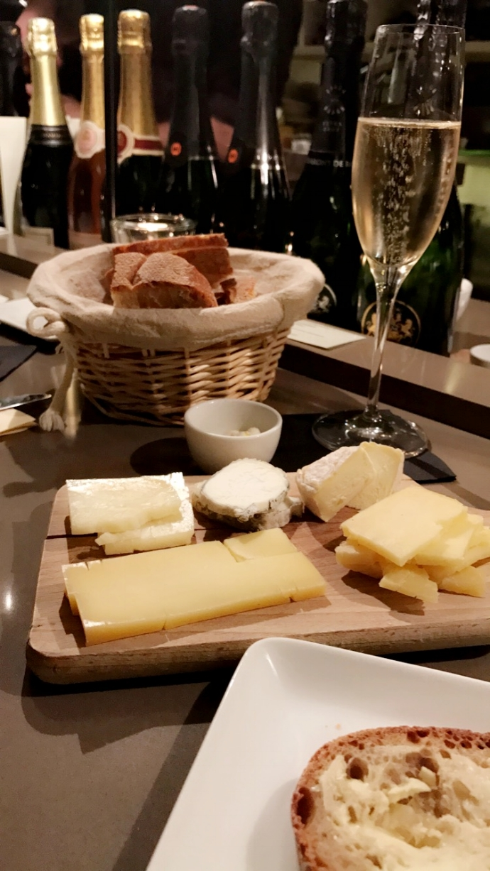 La Dégustation  - Some of the best food/champaign in Paris....well ever.