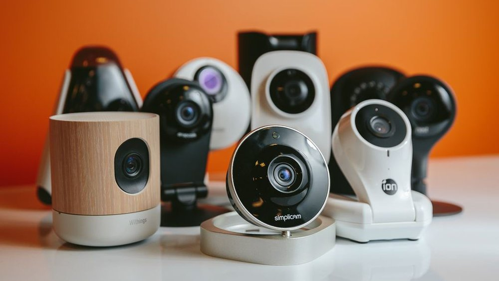 Источник картинки: https://www.cnet.com/how-to/how-to-prevent-your-security-camera-from-being-hacked/