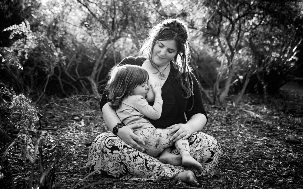 Motherhood-and-Breastfeeding-Photography-Perth.jpg