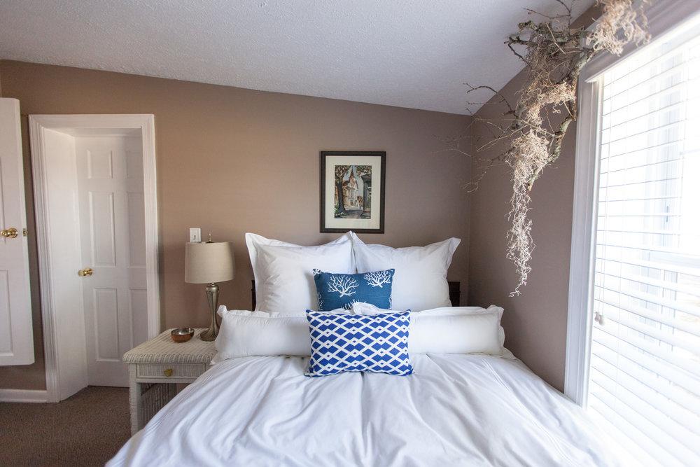 Bedroom1_IMG_6926.jpg