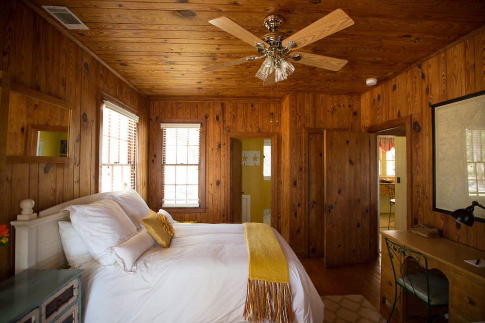 Hard pine interior