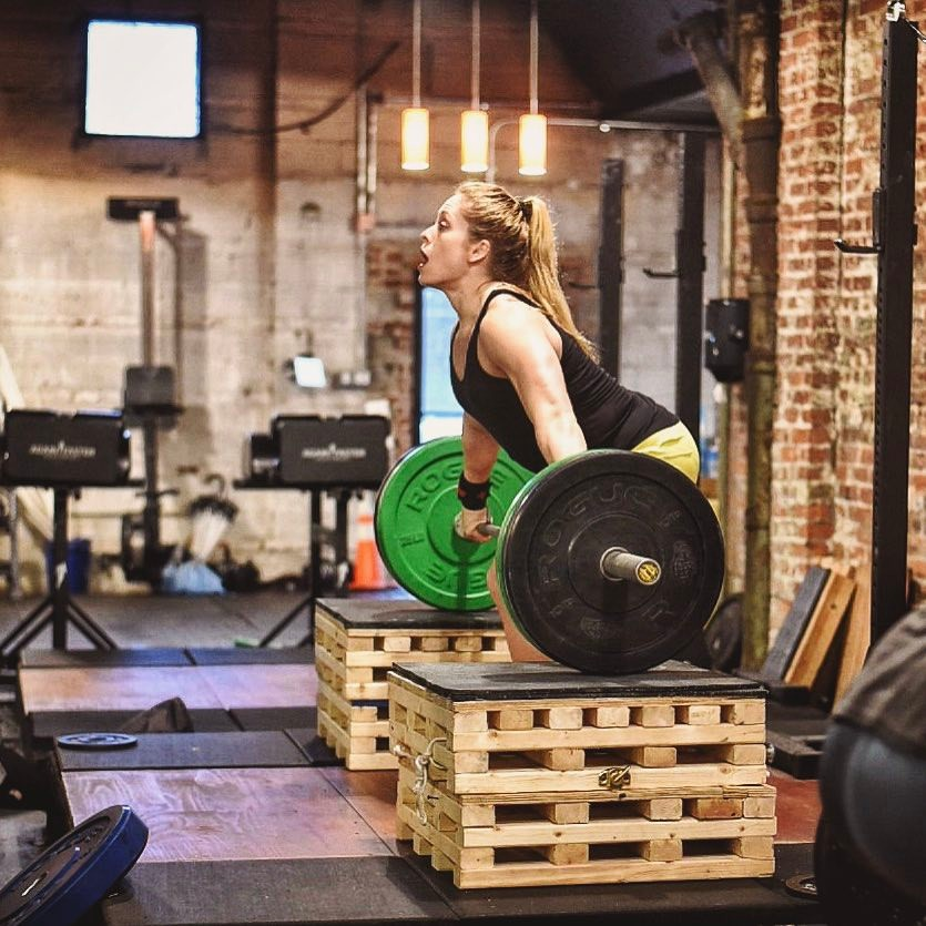 Best of luck to Sarah P. this weekend as she competes in the SW CrossFit Games Regionals!