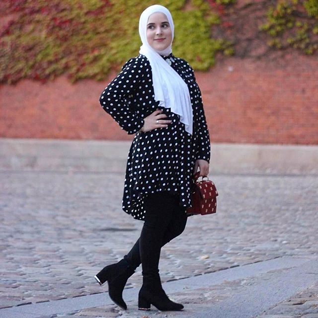 🌸 @noorafarez  #hijabchamber #hijabfashion #hijabstyle #hijab #hfinspo #hijabers #hijabi #hijabstyle #hijabmuslim #hijabootd #chichijab #muslimahchamber #hijabstyle #modestymovement #hfupclose #hijabmuslim #aroundtheworld #hijabinspiration #fashionblogger #fashionhijab #hijabista #instahijab #fblogger #muslimahfashion #hijabstyle_lookbook #voguehijab #hijabiselegant