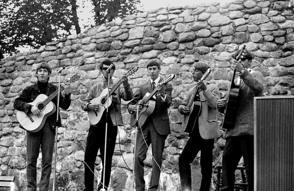 1966-1   .jpg