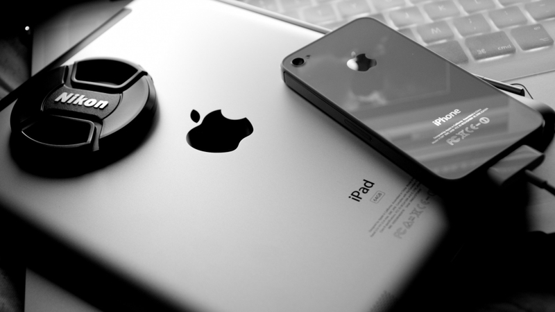 black and white apple inc ipad apples iphone 4 1920x1080 wallpaper_www.wallpaperhi.com_95.jpg