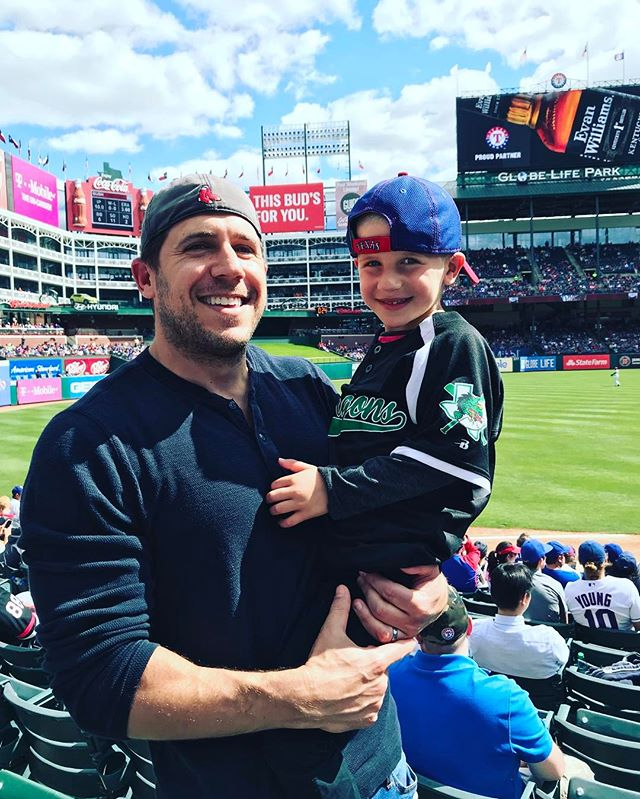 Outstanding day at the ballpark with the little man. Dilly Dogs, ice cream in helmets, nachos and back-to-back home runs... One from Nomar and it was a way different Nomar than the one I grew up with but felt good to shout Nomahhhh!!!! With the boy. #baseball #rangers #dadlife #fathersontime