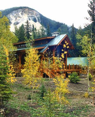 Ski Lodge, Whistler, BC (Brad Lamoureux Arch.)