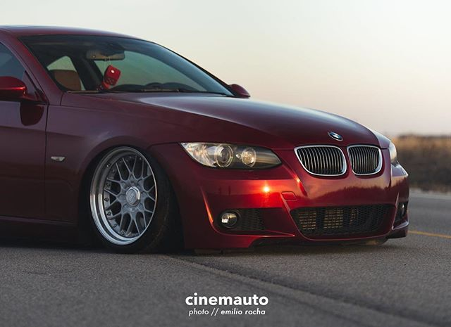The 335i may not share all the perks of the M3 but, for its value, it's an absolute joy behind the wheel. // 📷 @dasemilioo // cinemauto.com