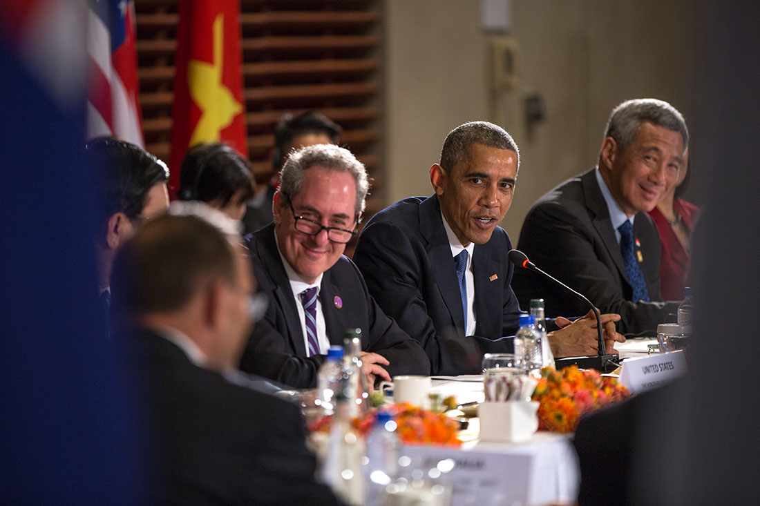 President Barack Obama, with U.S. Trade Representative Mike Froman, delivers remarks during a TPP meeting at the U.S. Embassy in Beijing, China, Nov. 10, 2014. (Official White House Photo by Pete Souza) Source: https://ustr.gov/about-us/policy-offices/press-office/press-releases/2014/November/Remarks-by-the-President-Before-TPP-Meeting