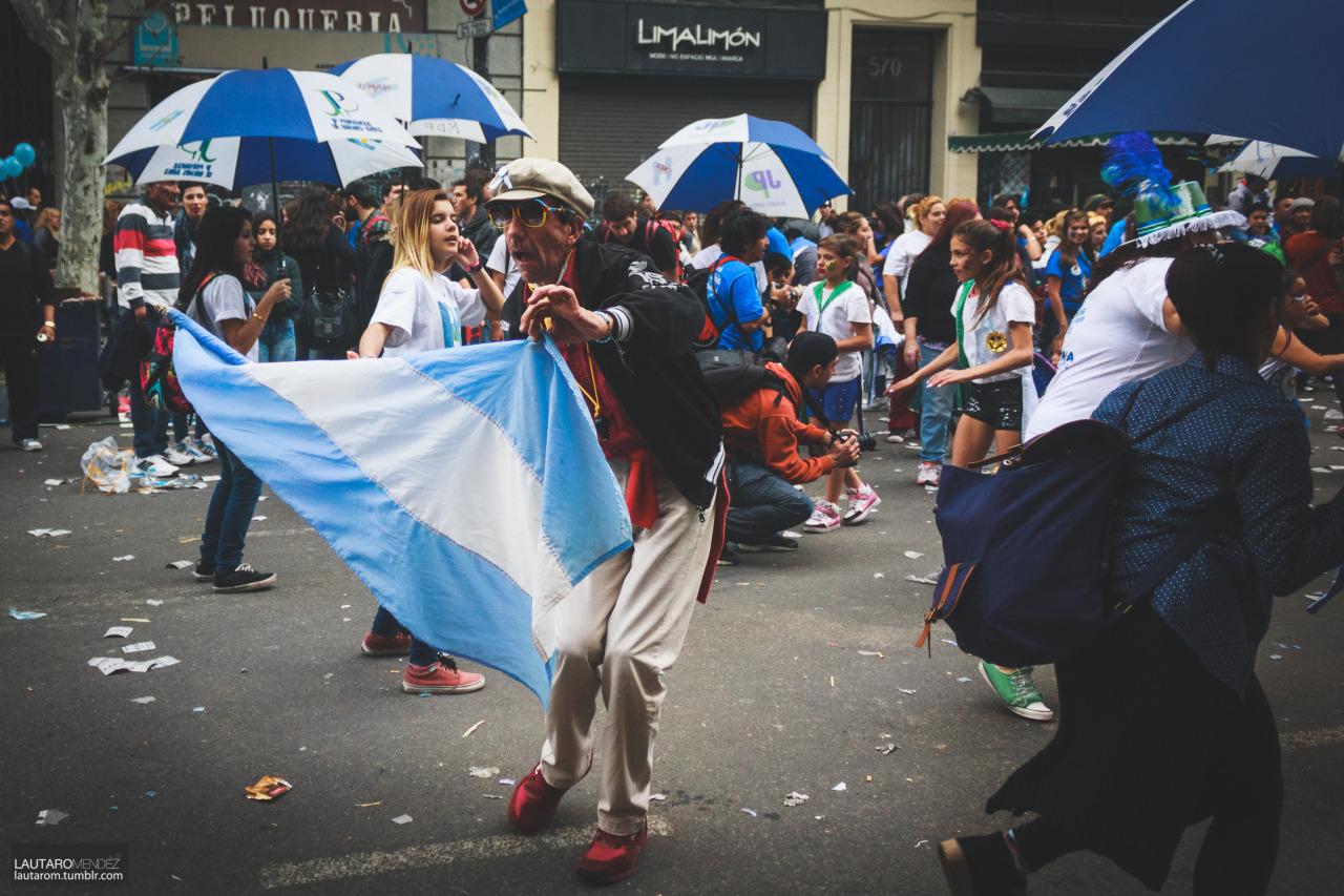 Festejos por el 25 de Mayo II Buenos Aires, Argentina [ 2015 ] Source: Lautaro Mendez. © Todos los Derechos Reservados http://lautarom.tumblr.com/post/119895893484/festejos-por-el-25-de-mayo-ii-buenos-aires