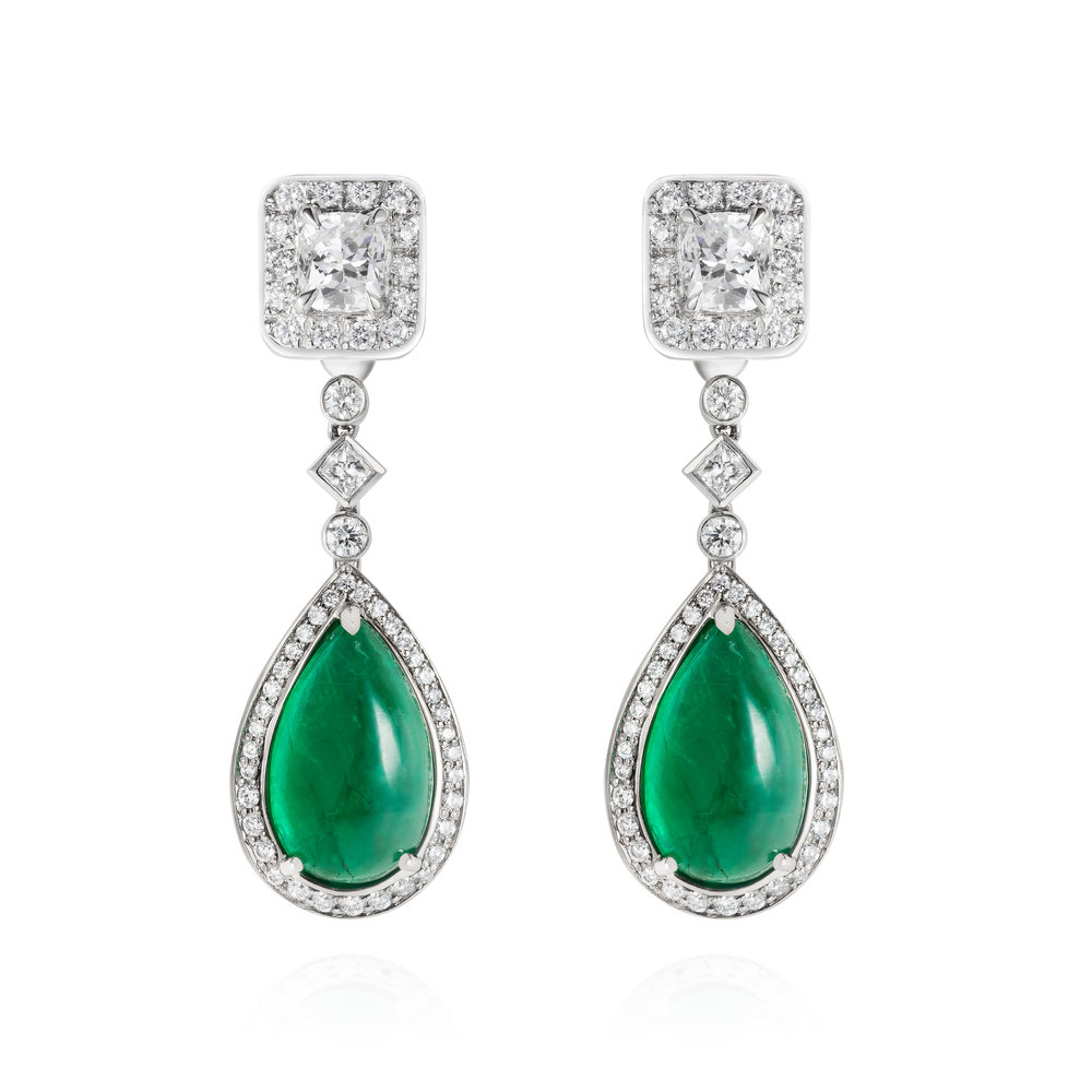 oscar emerald earrings.jpg