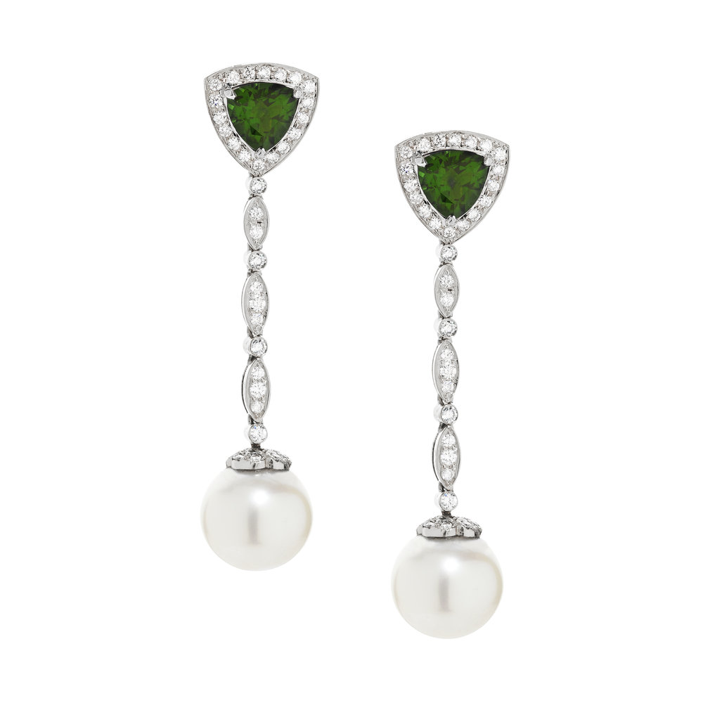 Saretta-White-Gold-Emerald-Pearl-Drop-Earrings.jpg