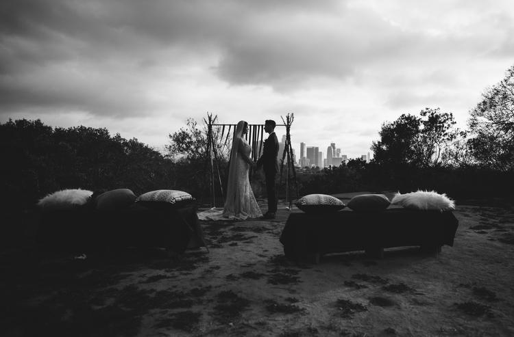 Elysian+Park+wedding,+LA+skyline.jpg