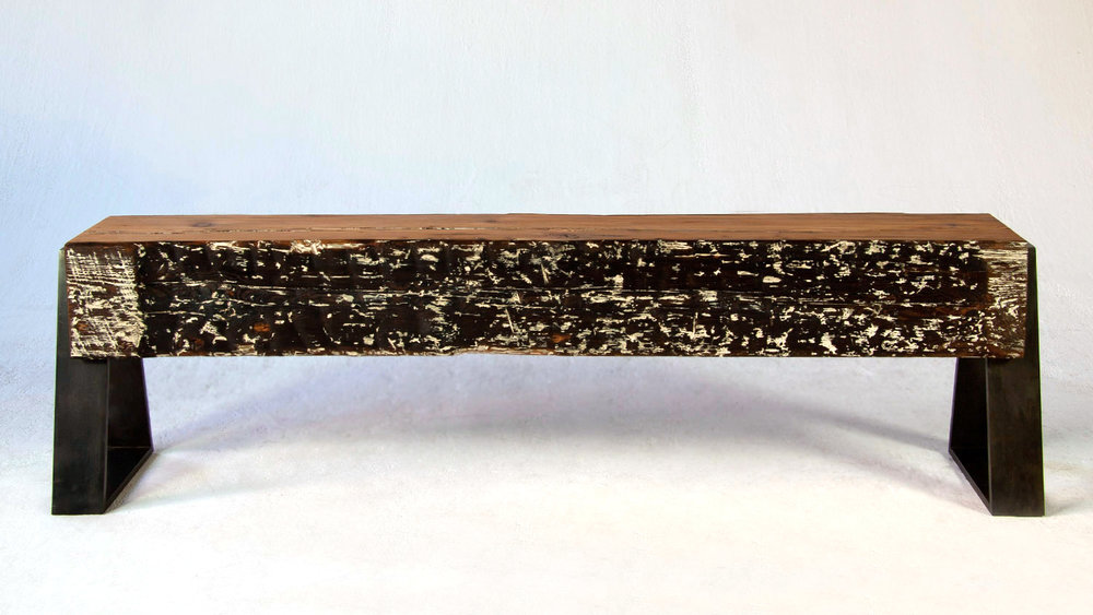 dovetail-bench-in-torched-pine