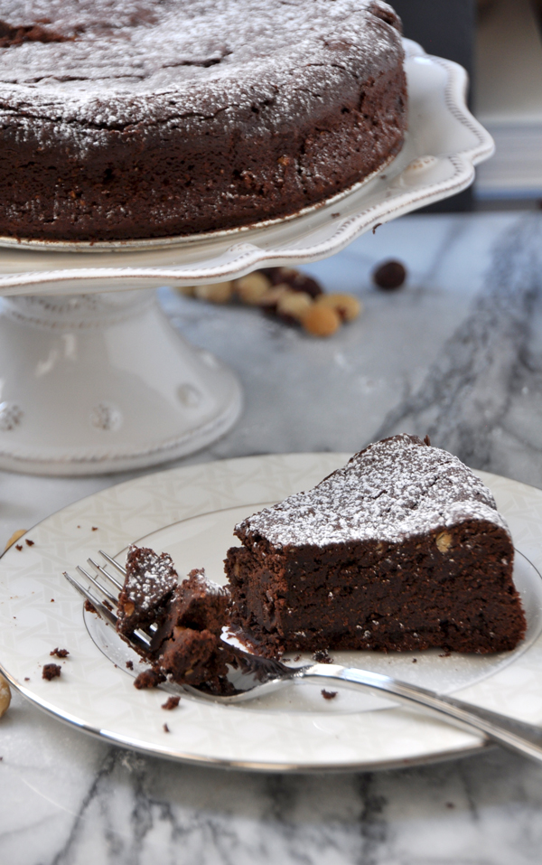 Flourless_Hazelnut_Chocolate_Cake_3