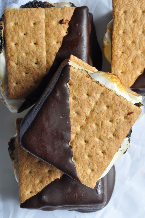 Smores-Ice-Cream-Sandwiches_7_600.jpg