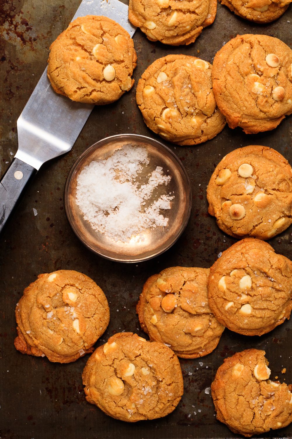 Brown Butter White Chocolate Macadamia Nut Cookies  (2 of 2).jpg