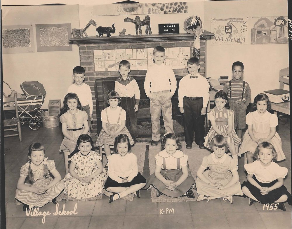 Margie Sternin's kindergarten class at the Village School, 1955! Margie is seated in a chair in the second row, second from the left. The little girl on the floor in the front all the way on the right is Judy Joyce. I think that's Louis Deiosso in the bow tie, standing in the back row.  See anybody else you know? Email me at 522glendale@gmail.com (Deedee)