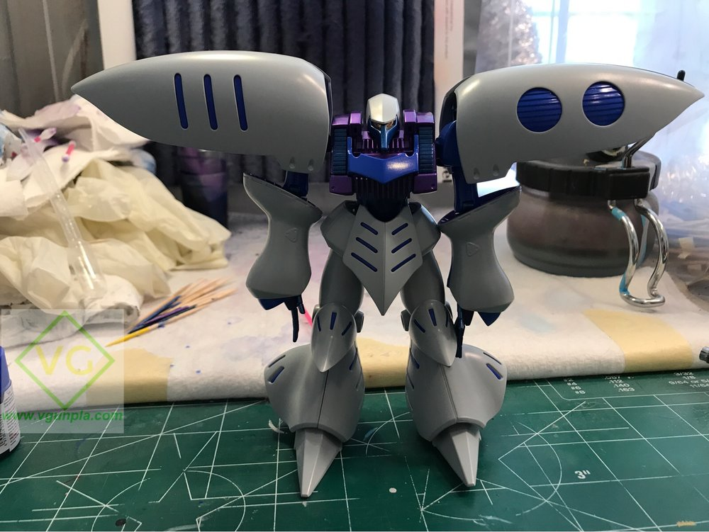 Alclad's primer lays super flat, it came out so smooth it has a bit of shine to it. I could leave the kit like this, add some details and panel lining and it would look great.