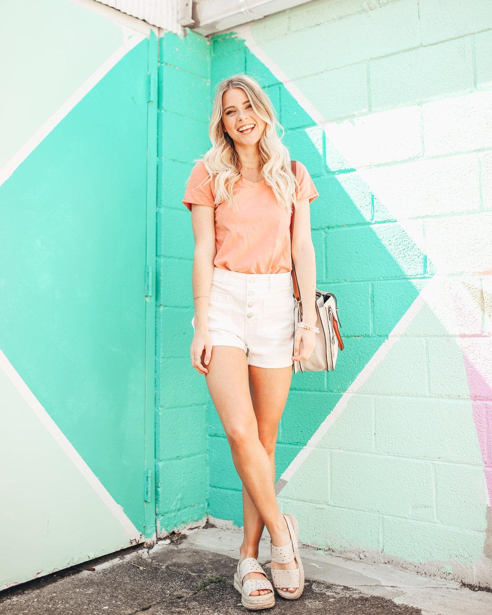 madewell white denim shorts-7.jpg