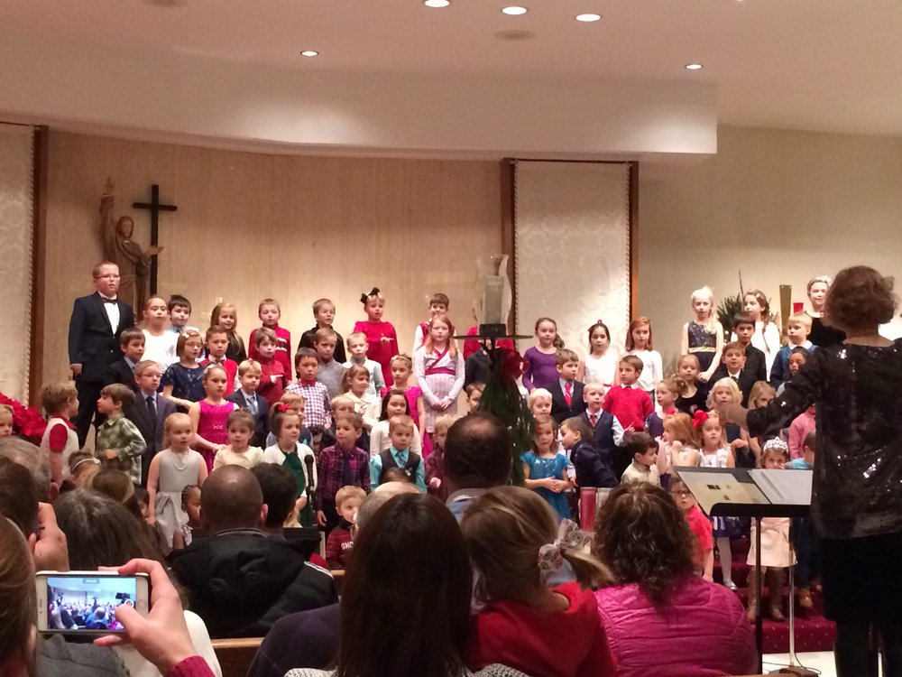 Christmas Program 2016 – Students sang with all their hearts!
