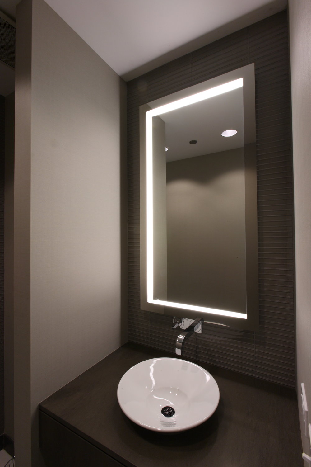 CC Industries 10 - Bathroom.JPG