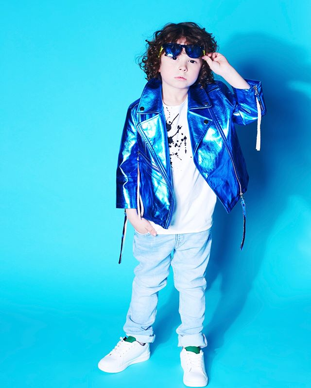 Kids FASH-ON! IT MARKUS @beyondfashionmagazine Thanks for recognizing my shared passion with @lilmcnamara Styled by @leeahkim  @stylesetca. Leeah is now adding Kids Stylist to her long resume @mystyledchildto & Assistant Stylist @megleilasummers 😘 #ootd jacket @hendrixroe 🙏, shirt @kol_kid sunglasses & jeans @hm #shoes @joefresh 📸 @citylightlinds . . . #torontofashion #stylistlife #kids #kidsfashion #beyondfashion #torontostyle #betondfashionmagazine #kidsstyle #torontokids #wardrobestylist #wearcanadian #canadianfashion #kidsstylist #backtoschool #the6