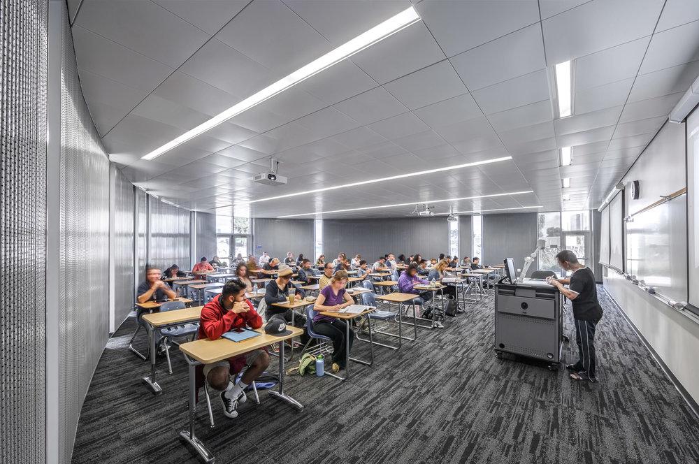 011 Orange Coast College Computer Learning Center.jpg