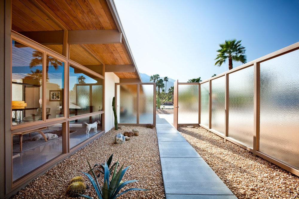 004 Palm Springs Residence.jpg