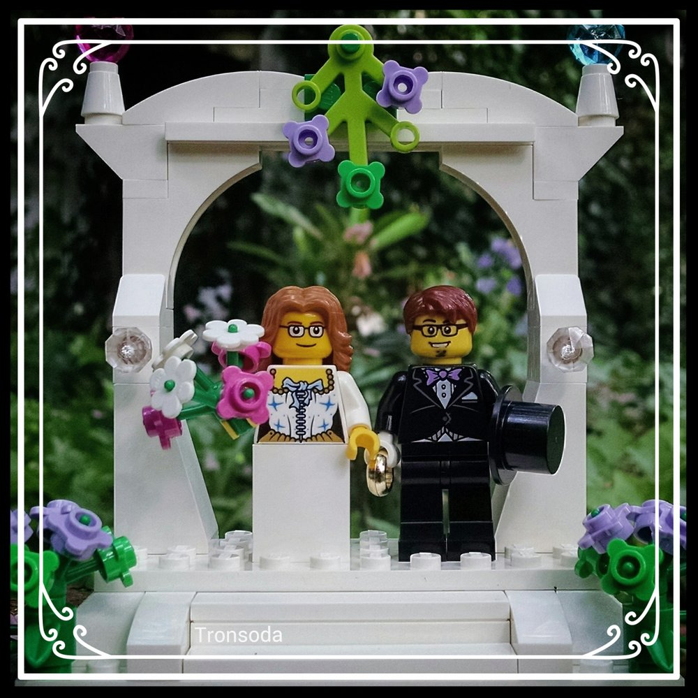 Getting Married Seattle WA.jpg
