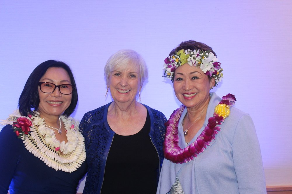 Mira Han, Barbara Schroeder (HSWGA Pres.) Lilly Yao