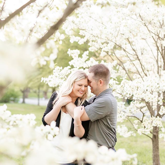Last night's engagement session was an absolute dreeeam! Perfect weather, perfect sunshine, perfect blossoms, and perfect couple 💕🌸 Can't wait for Jami and Cody's fall wedding!
