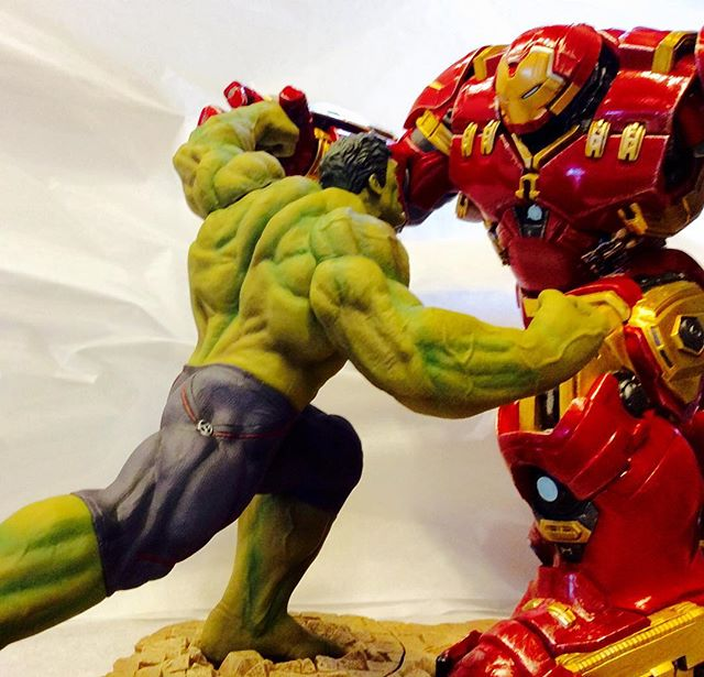 Marvel Avengers 'Age of Ultron' Hulk and Hulkbuster action figures available @littletoyshop in #Nola