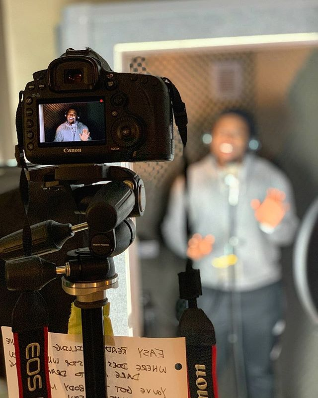 📽New video on deck!!📽 @hollatchaboykin warming up the camera. He needed lyrics... 😑  Another 80's #throwbackwritten this famous duo. What song do think it is?? 🤔🤔 #tbt