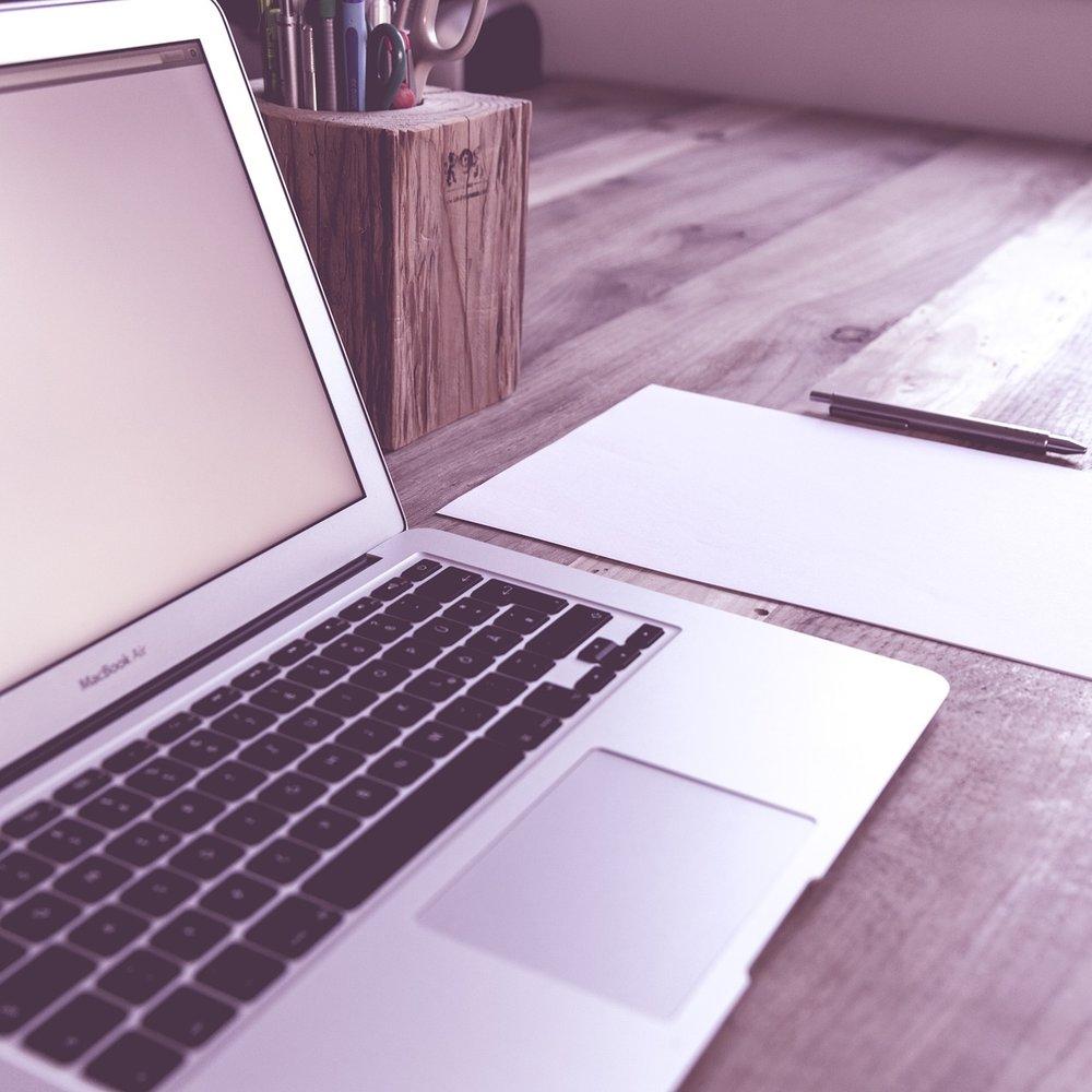 laptop desk pixabay.jpg