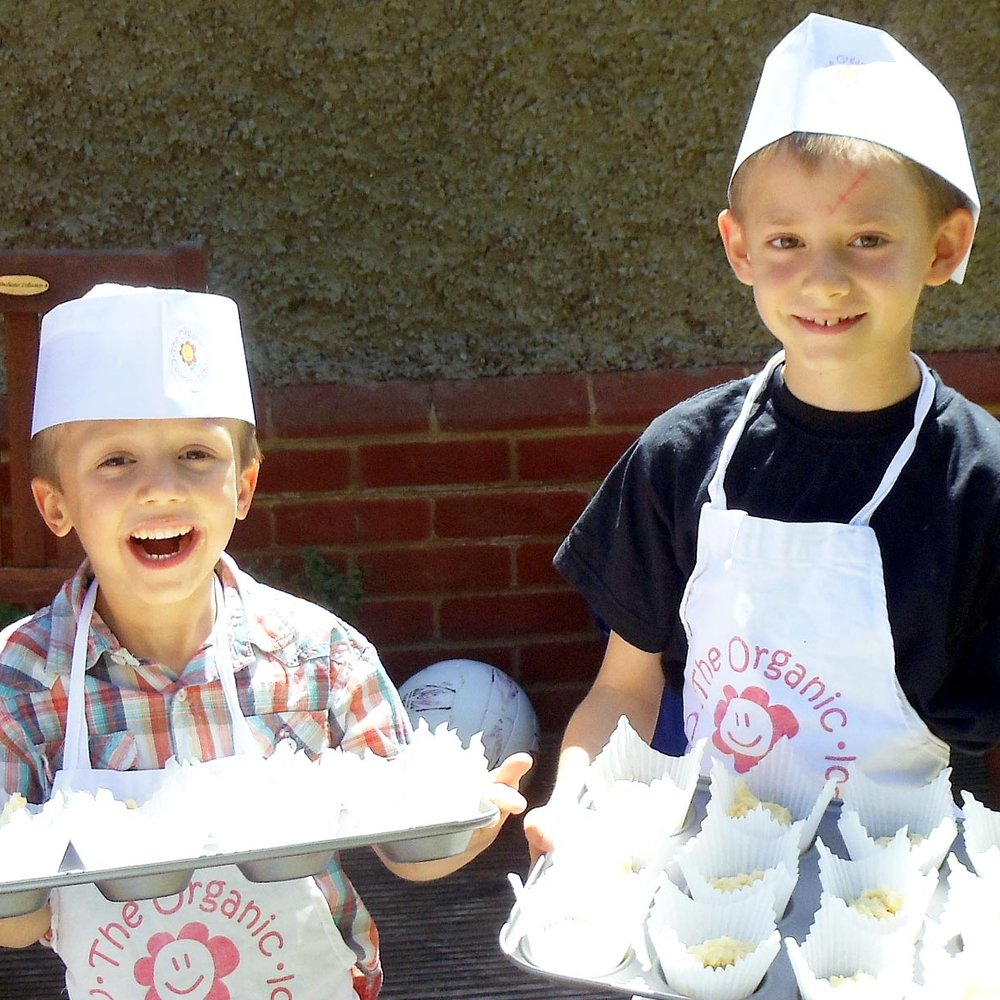 organiccookeryschool-kidslovetocook.jpg