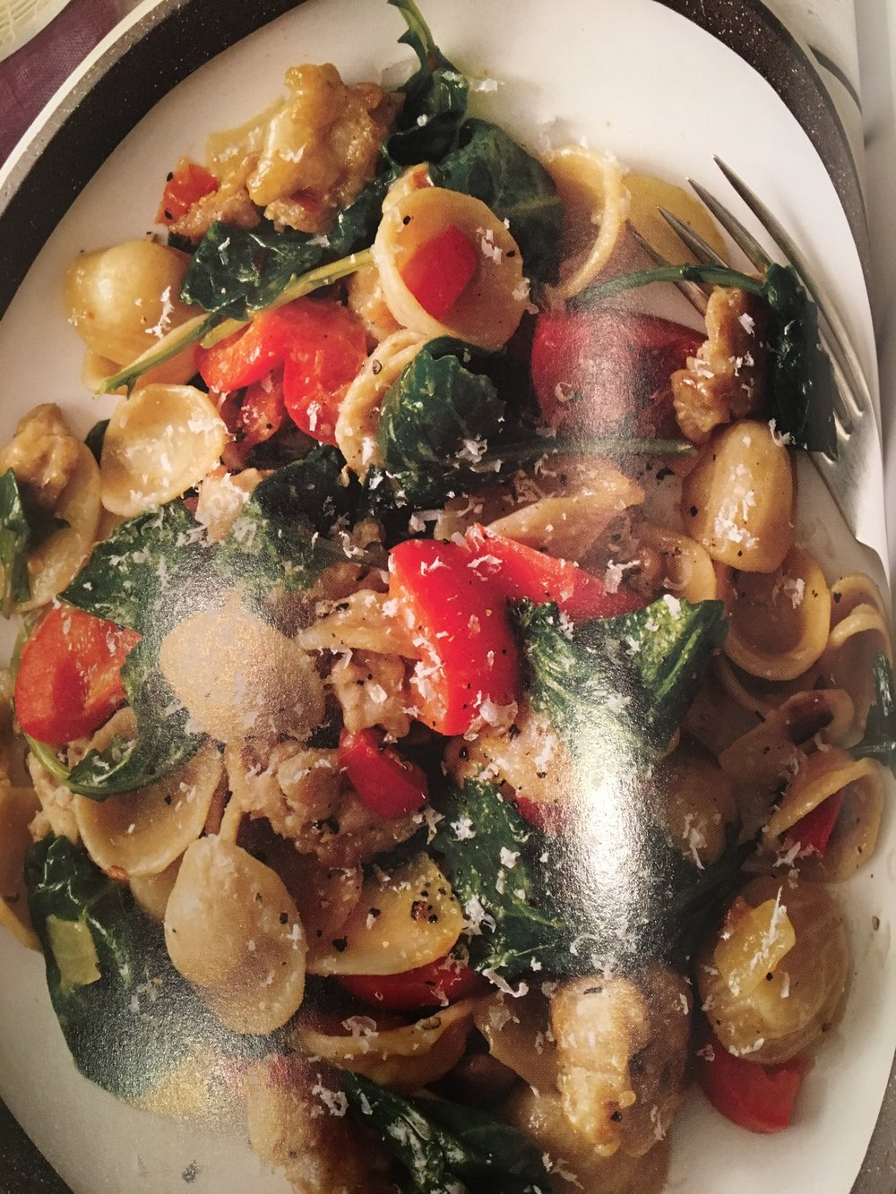 I get so excited to eat this that I don't even waste time taking pictures. So here's what t looks like from the SkinnyTaste cookbook.