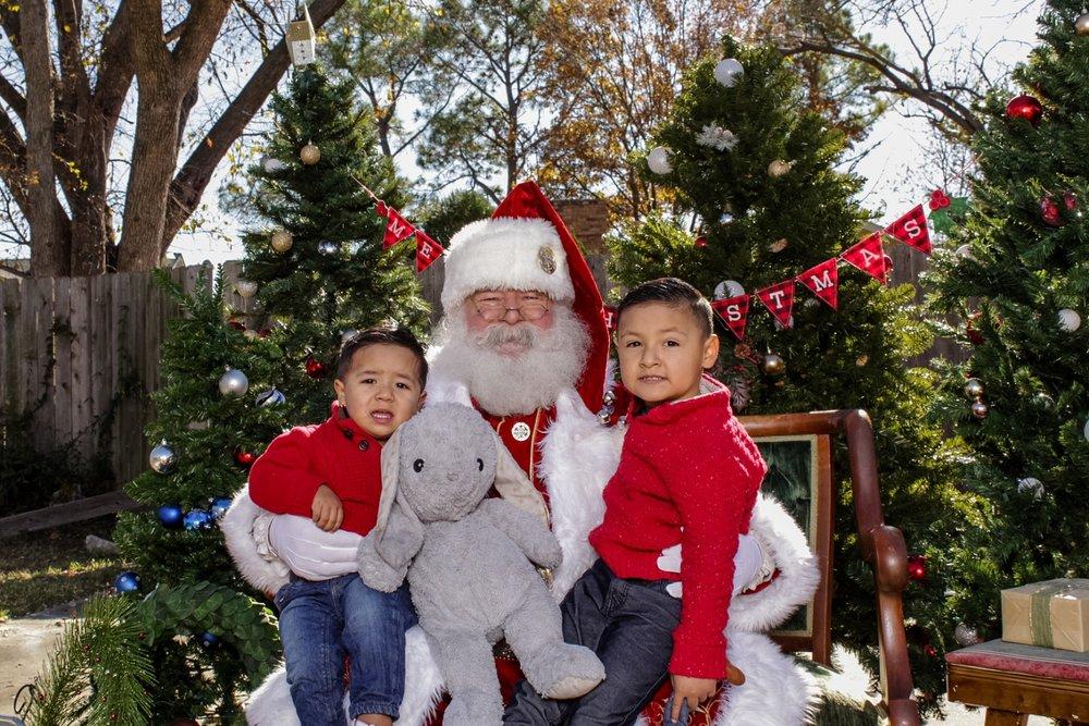 ochoa_christmas013_WEB.jpg