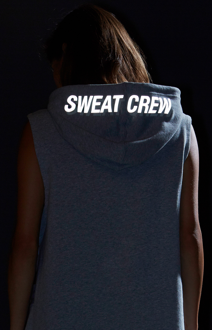 SweatCrew_SleevelessSweat6.jpg