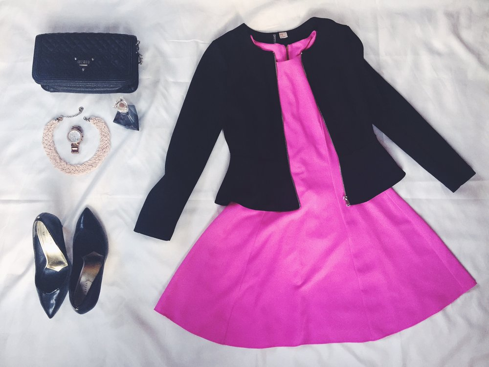I'm currently obsessed with pink! I got this dress from Woolies on sale for only R200 (major saving). I paired it with a black peplum shaped blazer along with gold accessories! Bring on the summer